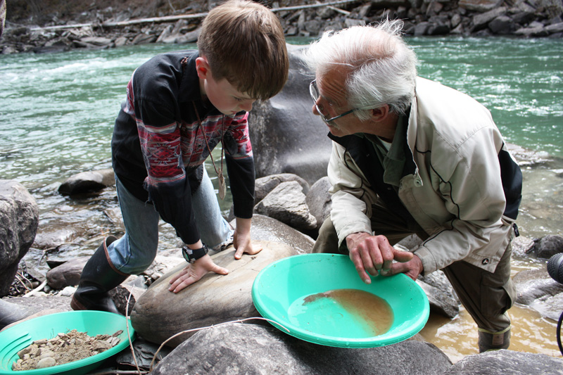 Dig it, pan it, sell it  +Gold Panning SLIDESHOW