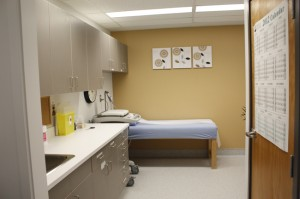 Valemount Clinic patient room