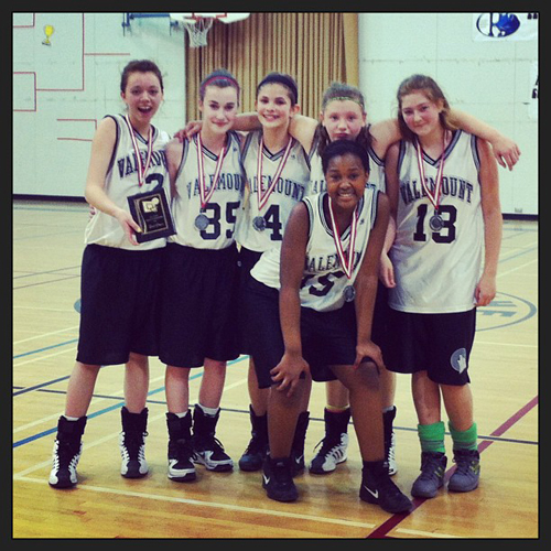Valemount grade 8 basketball team
