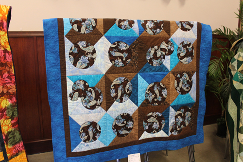 Large quilt Valemount piecemakers