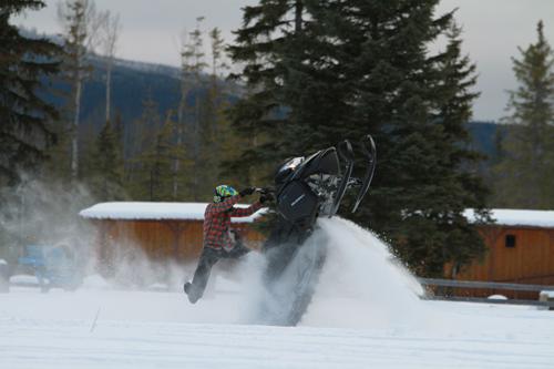 winter fest, snow mobile, recreation, VARDA, Tourism Valemount, stunt