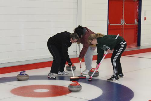 curling, ice, sport, broom, sweep, sweeping, coverall, coveralls, overall, overalls, rings, ring
