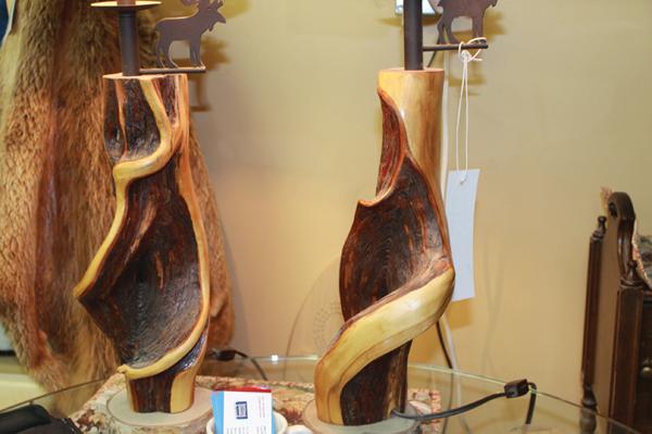 diamond willow, lamp, art, craft, wood art, robson valley indoor market, market, indoor market, local, business