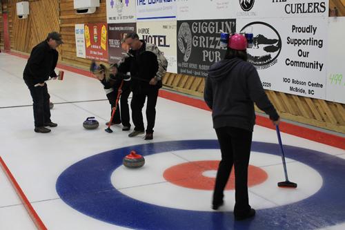loggers bonspiel, curl, curling