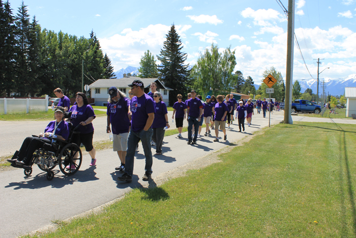 ALS Walk paints the town purple for charity