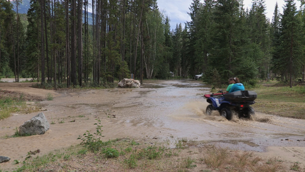 One person evacuated as Valemount's Canoe River surges