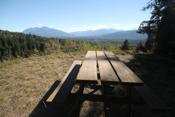 Hiking column: New picnic table at Swift Creek Lookout
