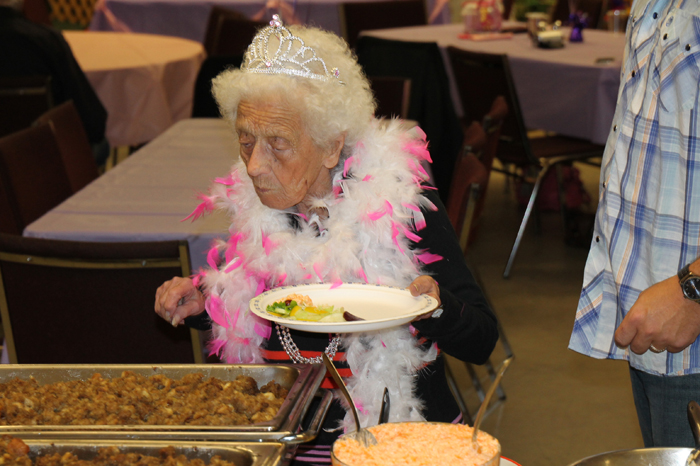"""""""Queen for a day:"""" Dot Hewitt celebrates 95 years"""