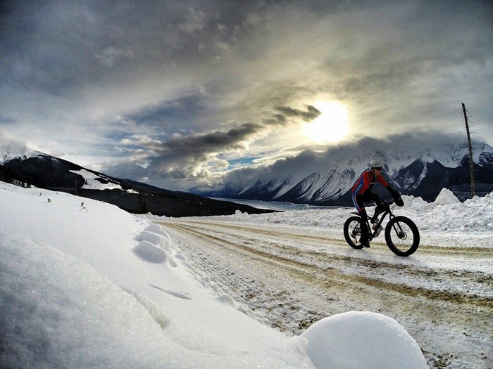 Valemount winter bike training biking kinbasket (4)