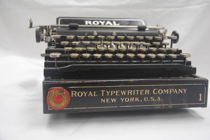 Artifact of the week: Royal typewriter
