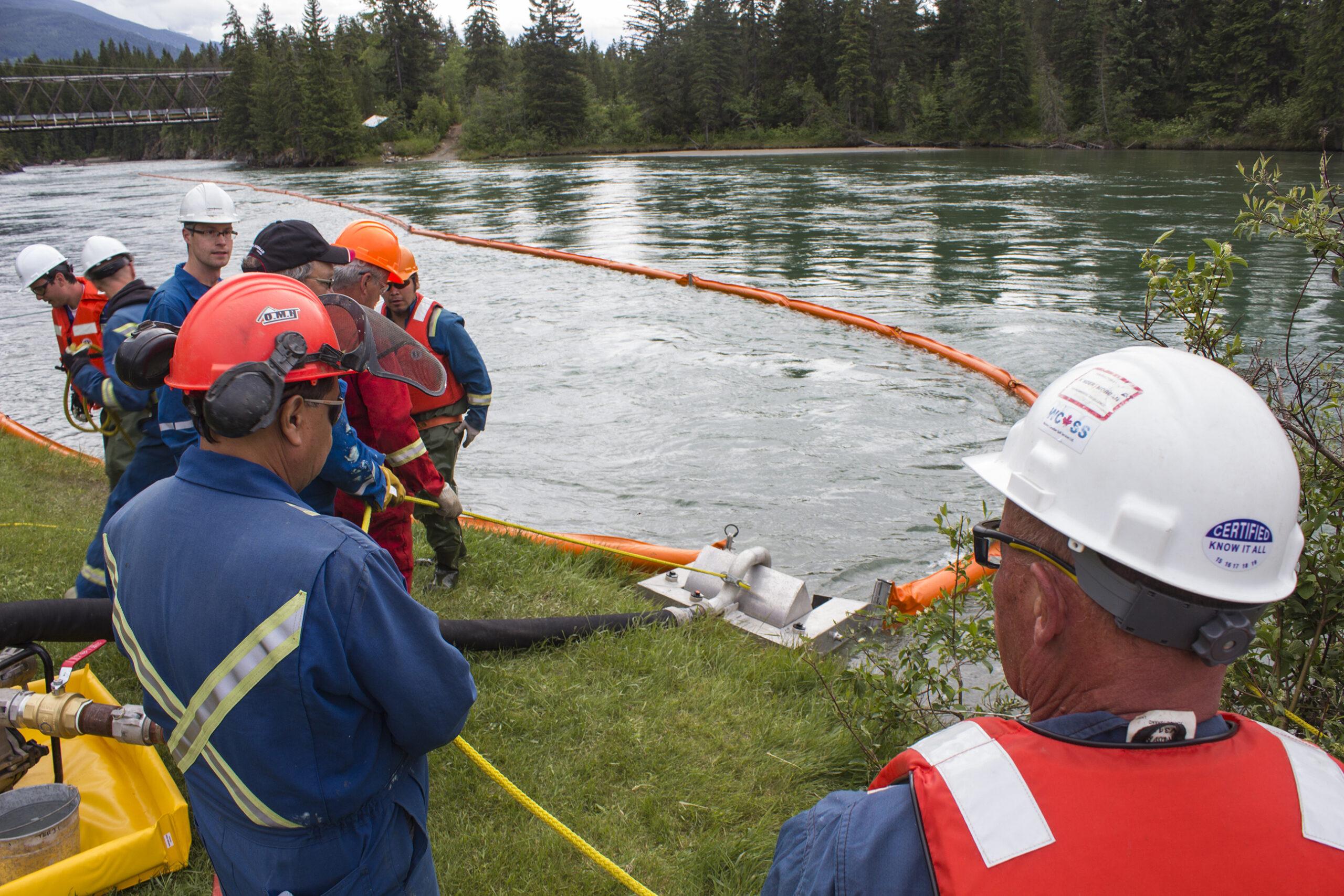 Kinder Morgan practices oil spill response in Tete Jaune