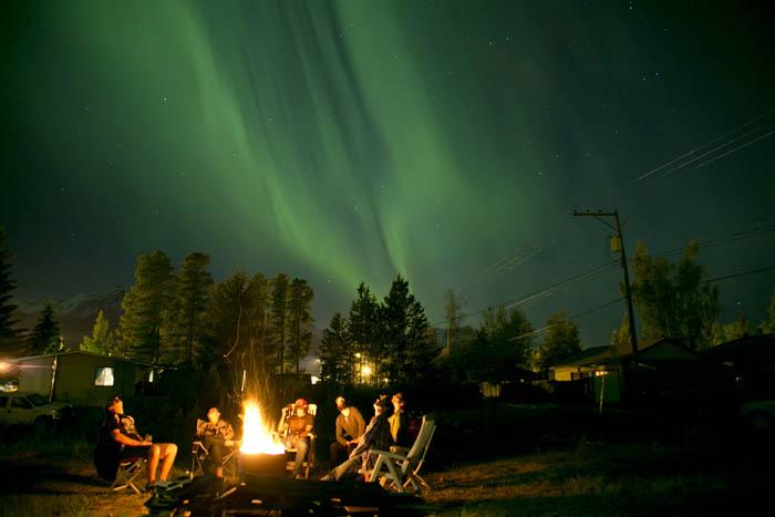 Stunning northern lights light up Valemount
