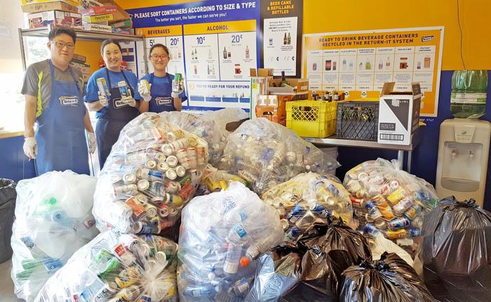 Thirsty tourists lead to recycling bonanza