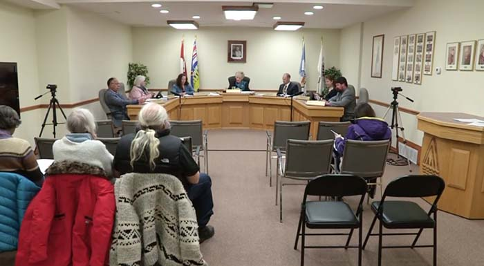 Valemount Council: response to Rentals Society, funding for VARDA, airport concern