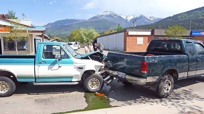 Four-car pile-up in downtown Valemount