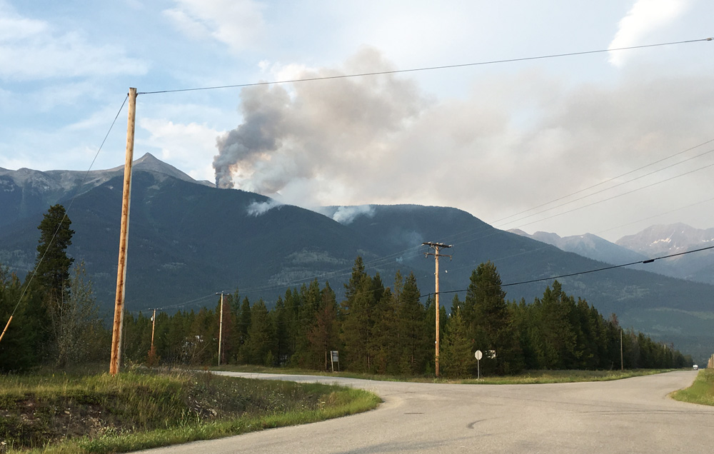 "Wildfire east of Valemount deemed ""Fire of Note;"" rappel team called in"