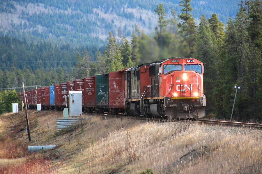 Canada toughens railway laws during extreme heat