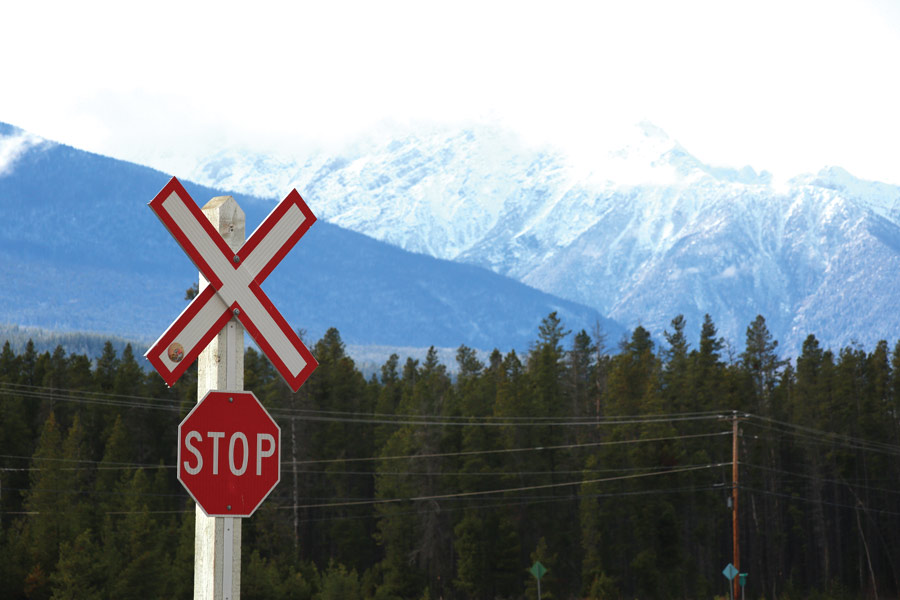 CN workers reach tentative deal