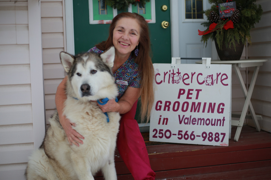 Former dog show winner hangs a shingle for grooming