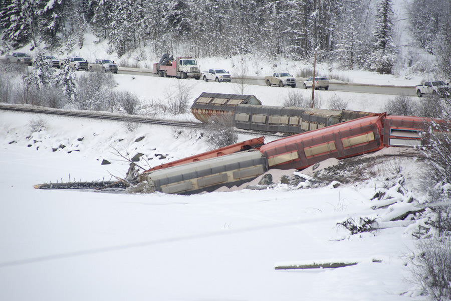 Derailment fouls Fraser headwaters at Moose Lake
