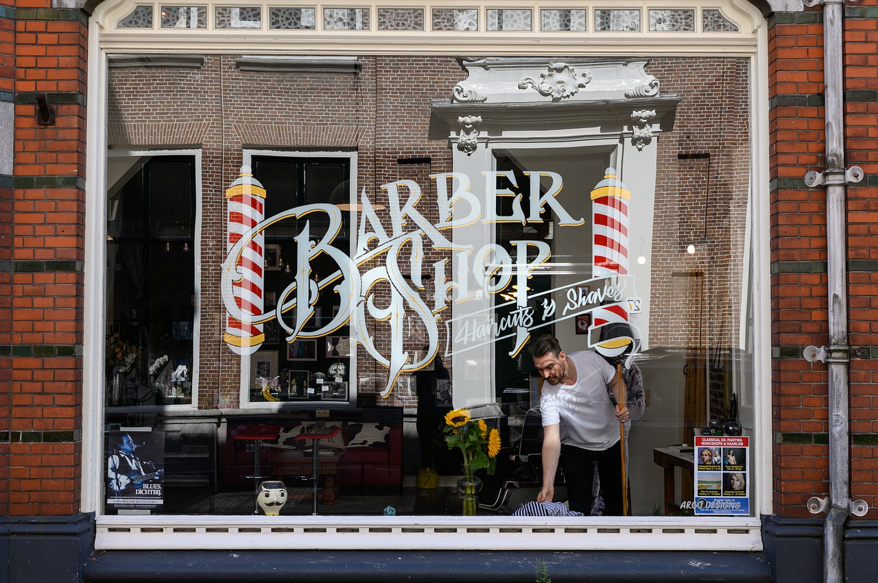 BC orders hair and nail salons, barbershops, tattoo parlours, spas and massage clinics to close indefinitely
