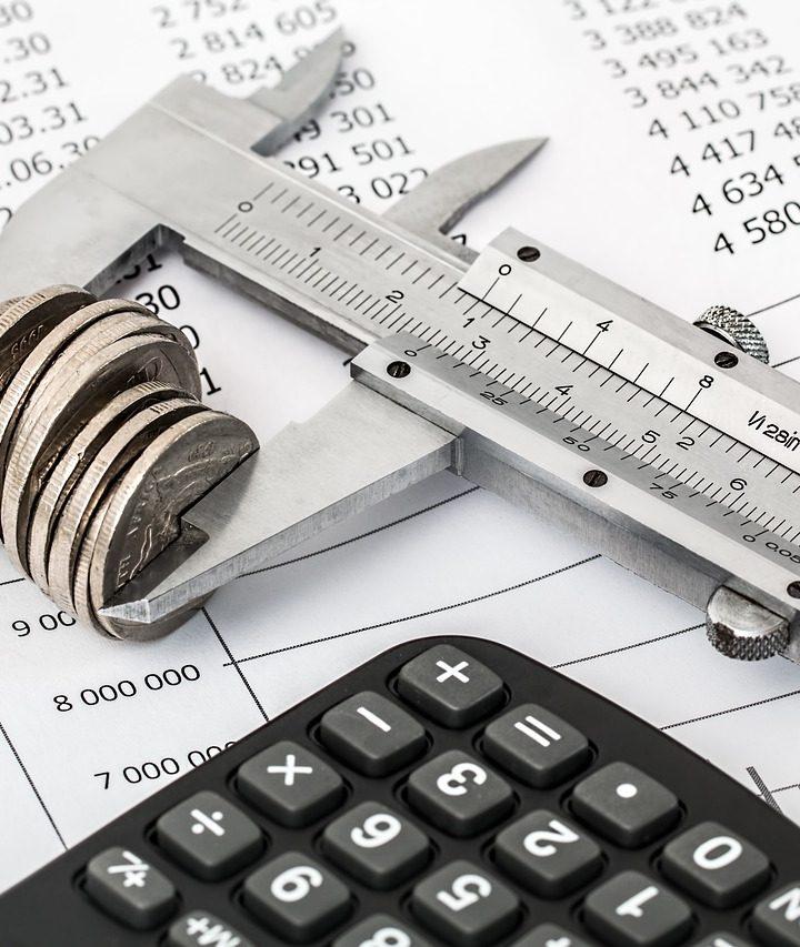 Tighten spending to help business survive, Valemount Chamber tells Council