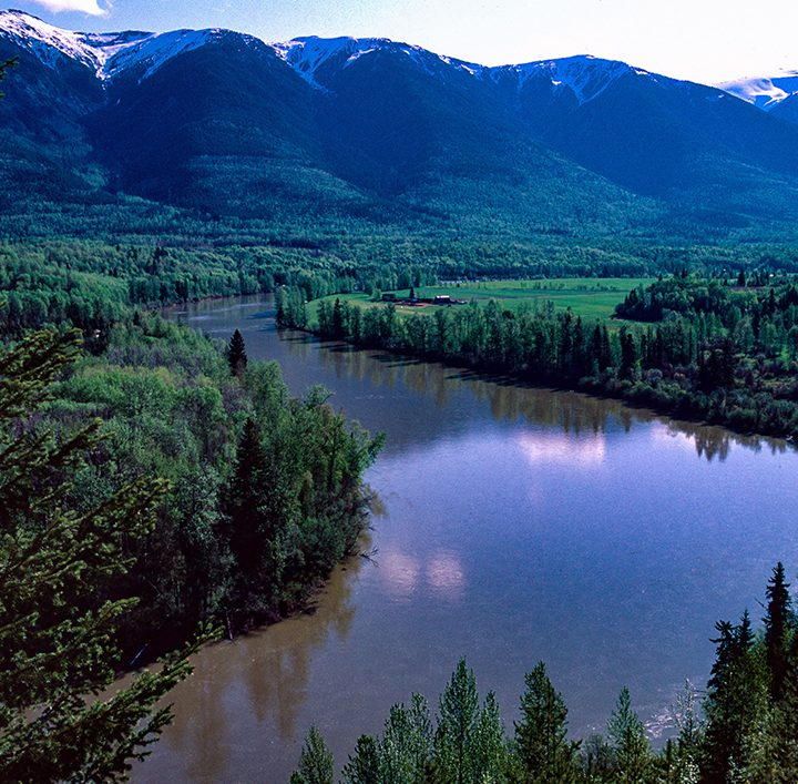 BC couple brings Fraser River to the page