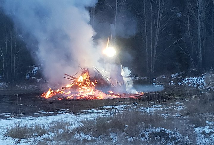 Burning slash piles? venting index an easy tool to check conditions