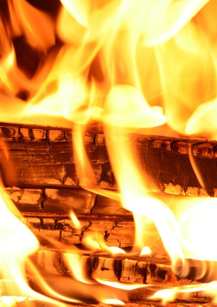 Campfire ban continues