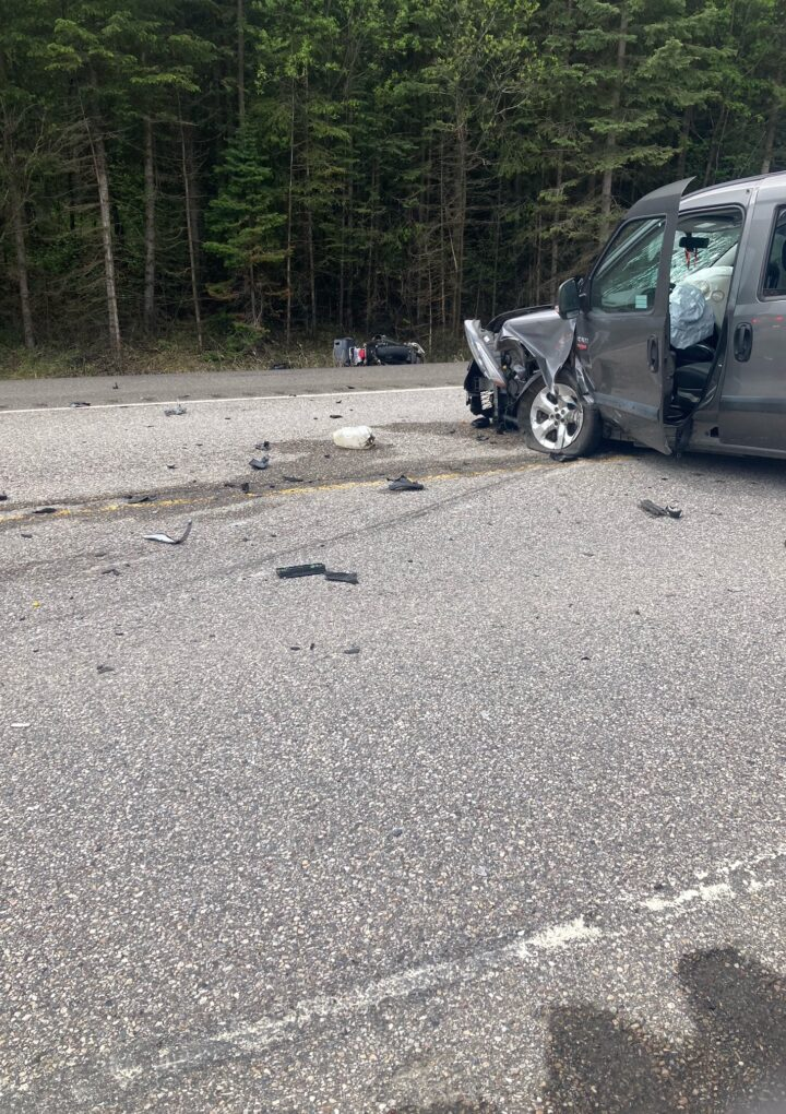 Road closed west of Jasper due to vehicle collision