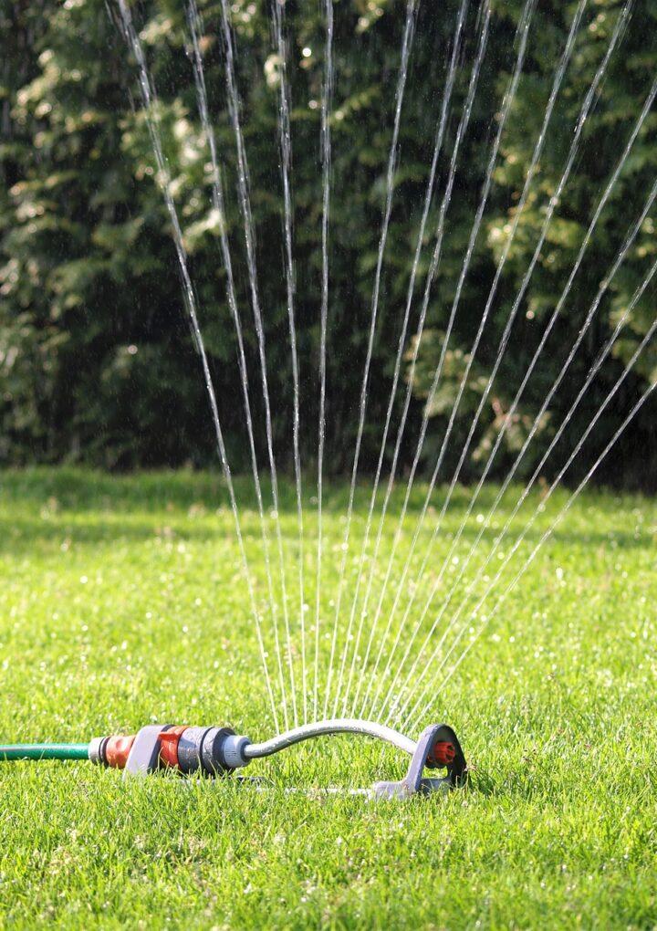 Valemount enacts Stage 2 water restrictions—sprinklers for kids exempted