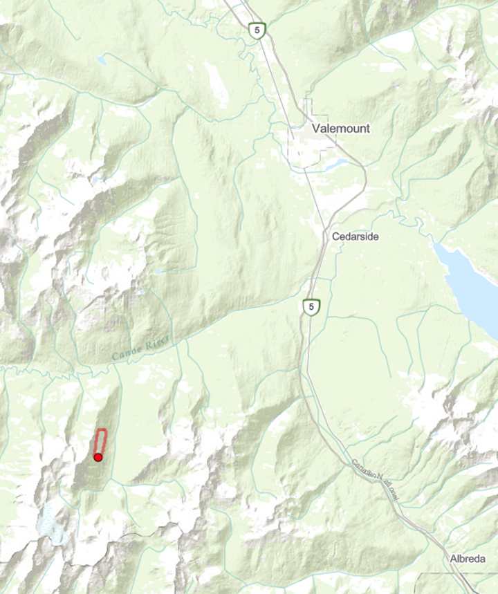 Wildfire west of Crystal Ridge balloons to 60ha